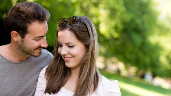 How to make a difficult woman fall for you